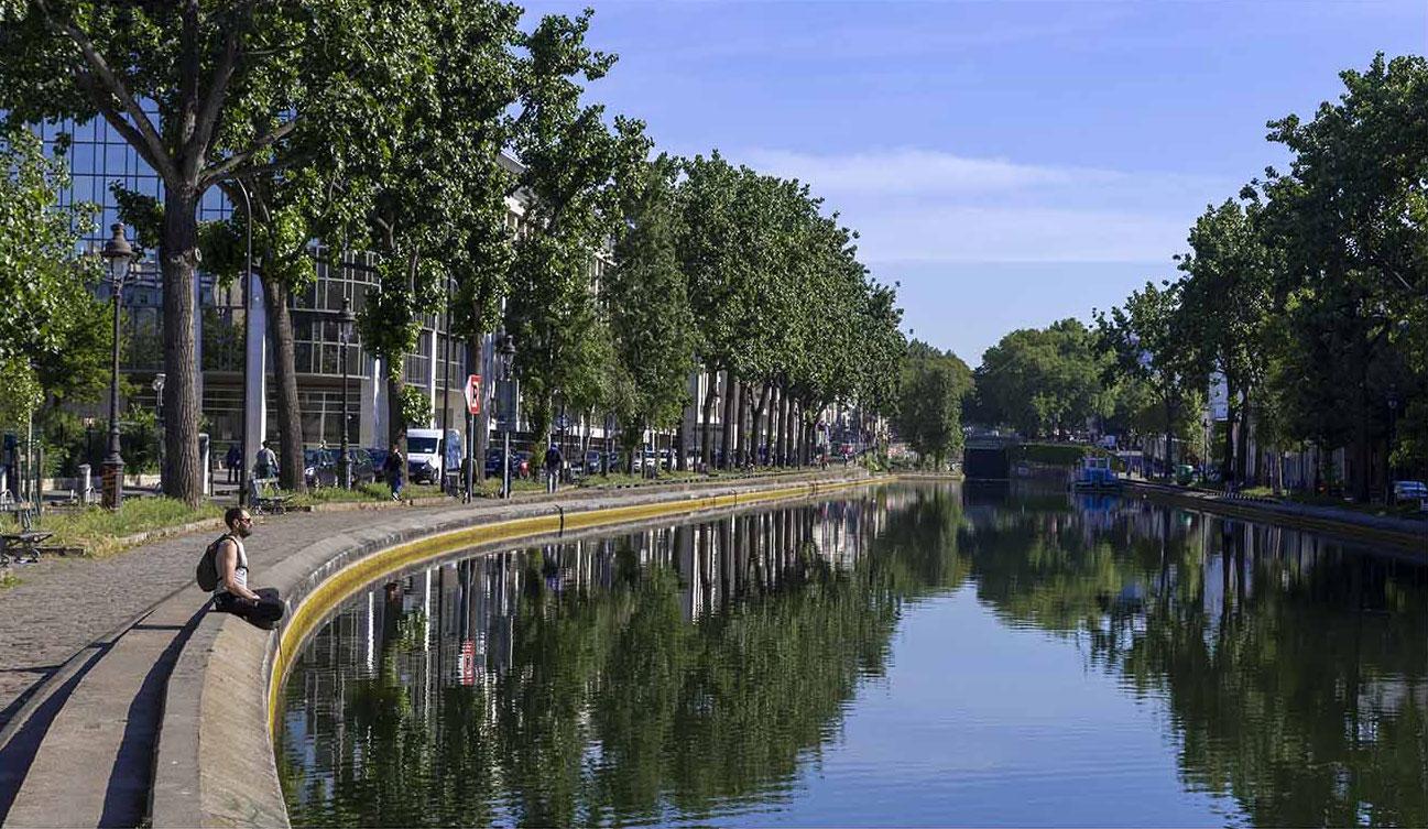 Jeudi 7 mai 2020_10h07_PARIS Xe_Quai de JEMMAPES_Canal de l'OURCQ_Méditation©JDAVID_9831